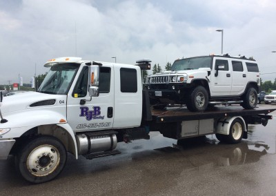 Towing Large 4-Wheel Drive Vehicles